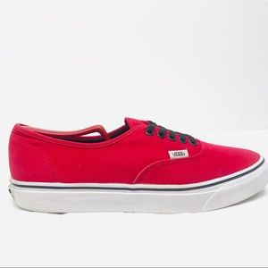 Vans Off The Wall - Classic Skate Shoes - Men's 10